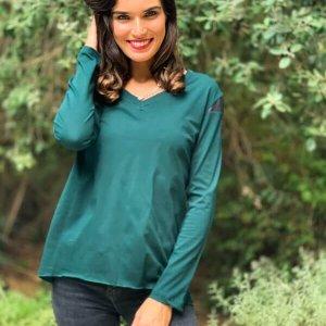 חולצה ירוקה וי כותנה שילוב