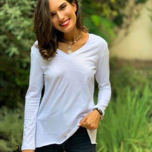 قميص أبيض V تركيبة قطن