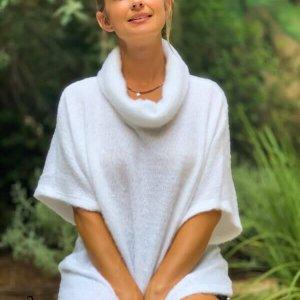 חולצה רבידה סריג לבן