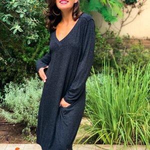 فستان منسوج رمادي من الموهير