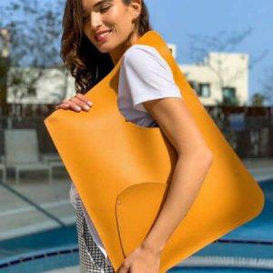 حقيبة جانبية تشبه جلد الخردل