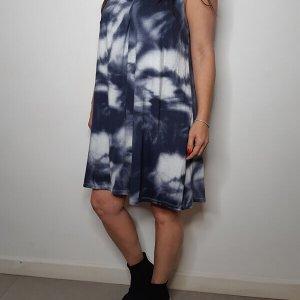 فستان بياقة من القطن باللون الأزرق الباتيك