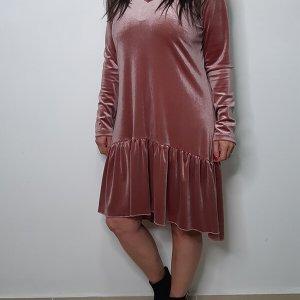 שמלות קטיפה