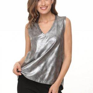 قميص بدون أكمام يشبه الجلد الفضي الأسود في فتحة