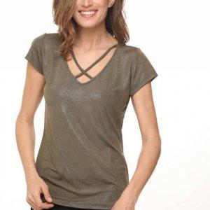 חולצת איקס דמוי עור ירוקה