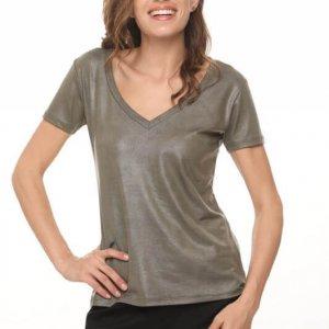 חולצת וי דמוי עור ירוקה שילוב כותנה מחוררת