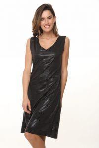שמלת ריבועי פליסה שחורה גזורה ללא סיומות