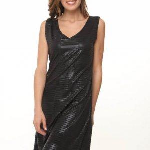 فستان أسود مربع من الصوف مقطوع بدون ملحقات