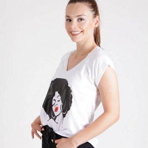 قميص إيدا أبيض