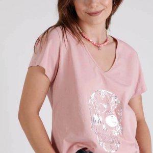 القميص النهائي الوردي