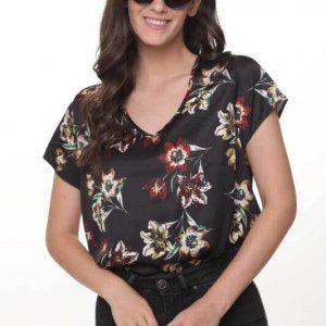 חולצה הילונת סטאן שחור פרחוני