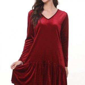فستان من المخمل الياسمين عنابي