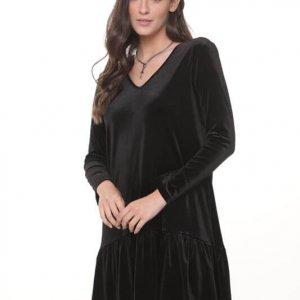 فستان أسود من المخمل الياسمين