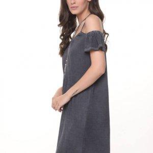 فستان رمادي غامق شفاف