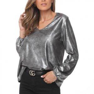 قميص بيري يشبه الجلد الفضي والأسود