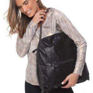 حقيبة جانبية جلدية سوداء اللون قلادة فضية