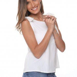 قميص الرنة الأبيض