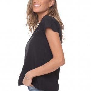 قميص خرقة سوداء