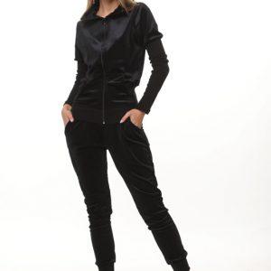 חליפת קטיפה שחורה