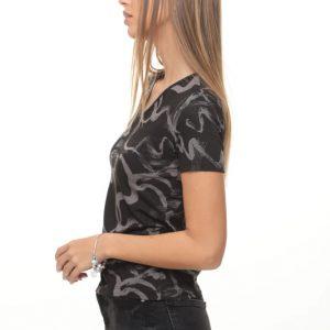 قميص أودري أسود ملطخ