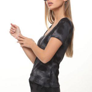 قميص إيمي أسود رمادي