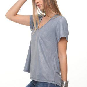 قميص خفيف مزخرف على شكل غينيس