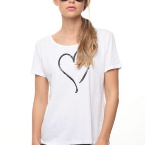 قميص رينات قلب كبير أبيض