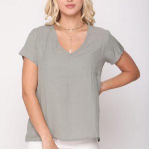 قميص أرجواني أخضر