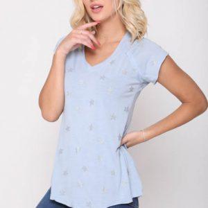 قميص نجمة زرقاء فاتحة